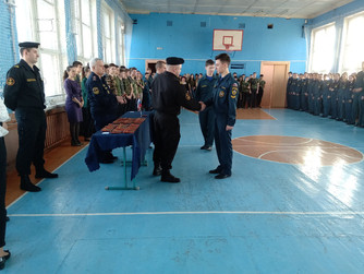 Вручение погон студентам Волгоградского медико-экологического техникума г.Волжский