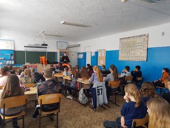 Профилактическая беседа в школе №2 г. Новоаннинский