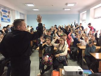 Профилактическая беседа в школе №1 г. Светлый Яр