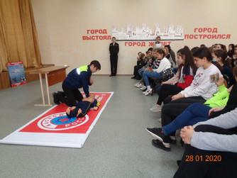 Профилактическое занятие в МОУ СШ №30 г.Волгограда