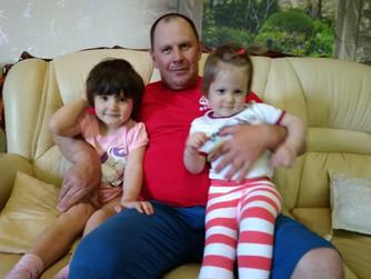 Волгоградский ВОСВОДовец удочерил двух девочек