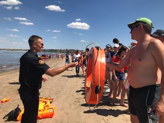 Проект «180 секунд на спасение».  Практические, показательные занятия на берегу Волги, на пляже в Кр