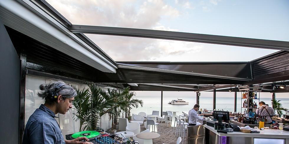 DJ MELEJ - Vinyls & Tropical Cocktails