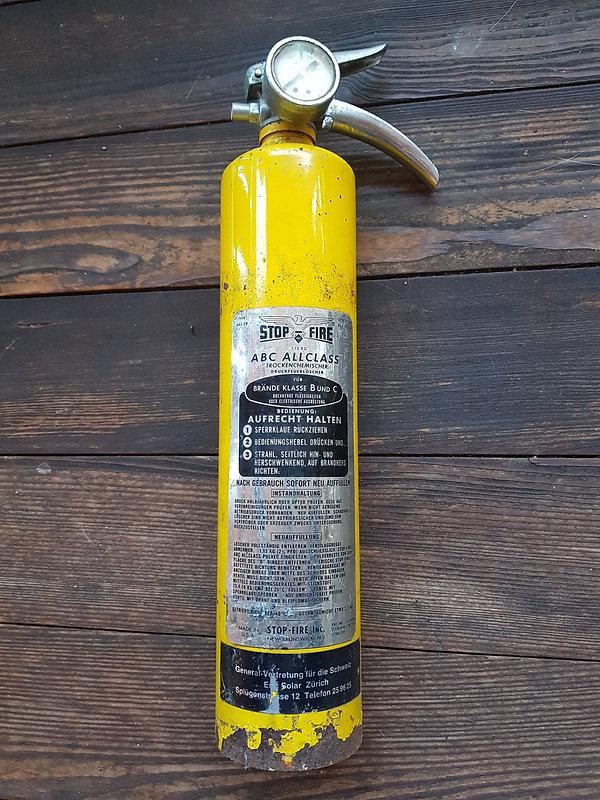 Trockenchemischer Druck Feuerlöscher. Eifach-Luege.ch