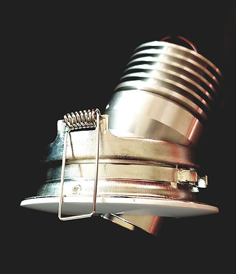 LED Einbauleuchte von Eifach-Luege.ch werden inkl. dem Einbaurahmen Geliefert
