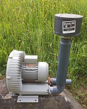 kann als Gebläse oder Vacuum Pumpe verwendet werden, Eifach-Luege.ch