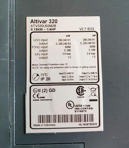 Drehzahlgeregelter Antrieb 0,18 kW mit Filter, 1-phasig, 230 V ac, Eifach-Luege.ch