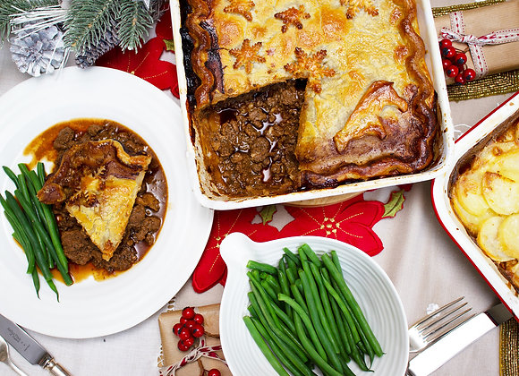 Venison & Red Wine Family pie