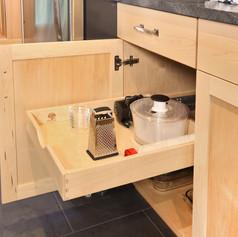 Maple Kitchen pullout