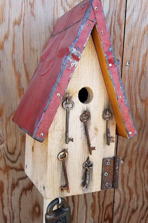 Birdhouse, Keys