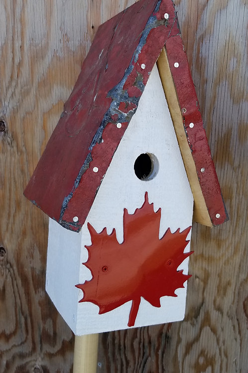 Birdhouse, Red Maple Leaf