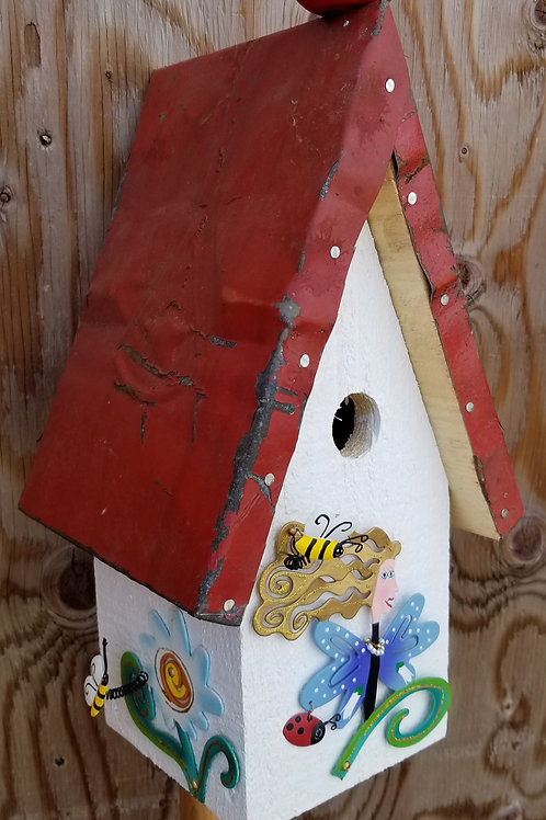 Birdhouse, Mother Nature