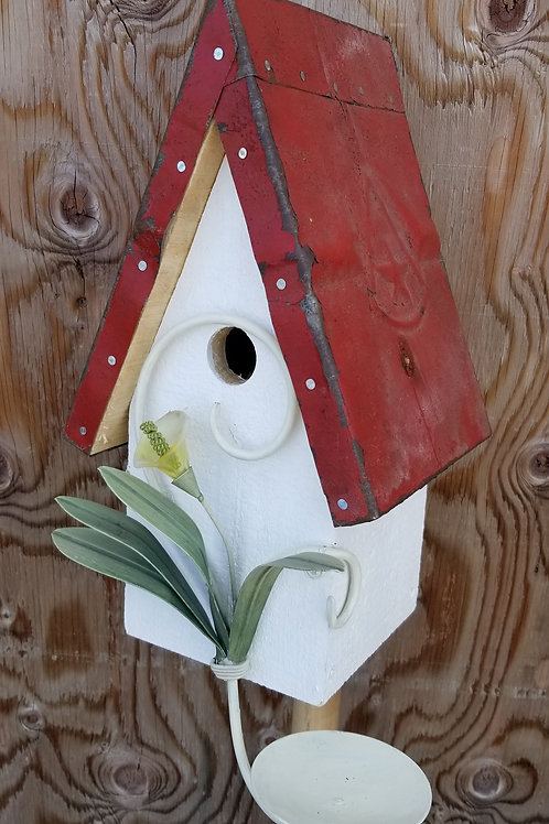 Birdhouse, Lily Flower