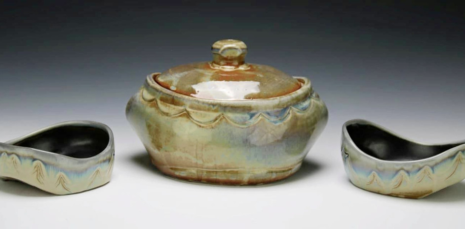 Casserole Dish with Bowls