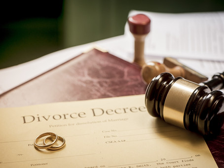 8 Signs That You Should Hire a Divorce Lawyer