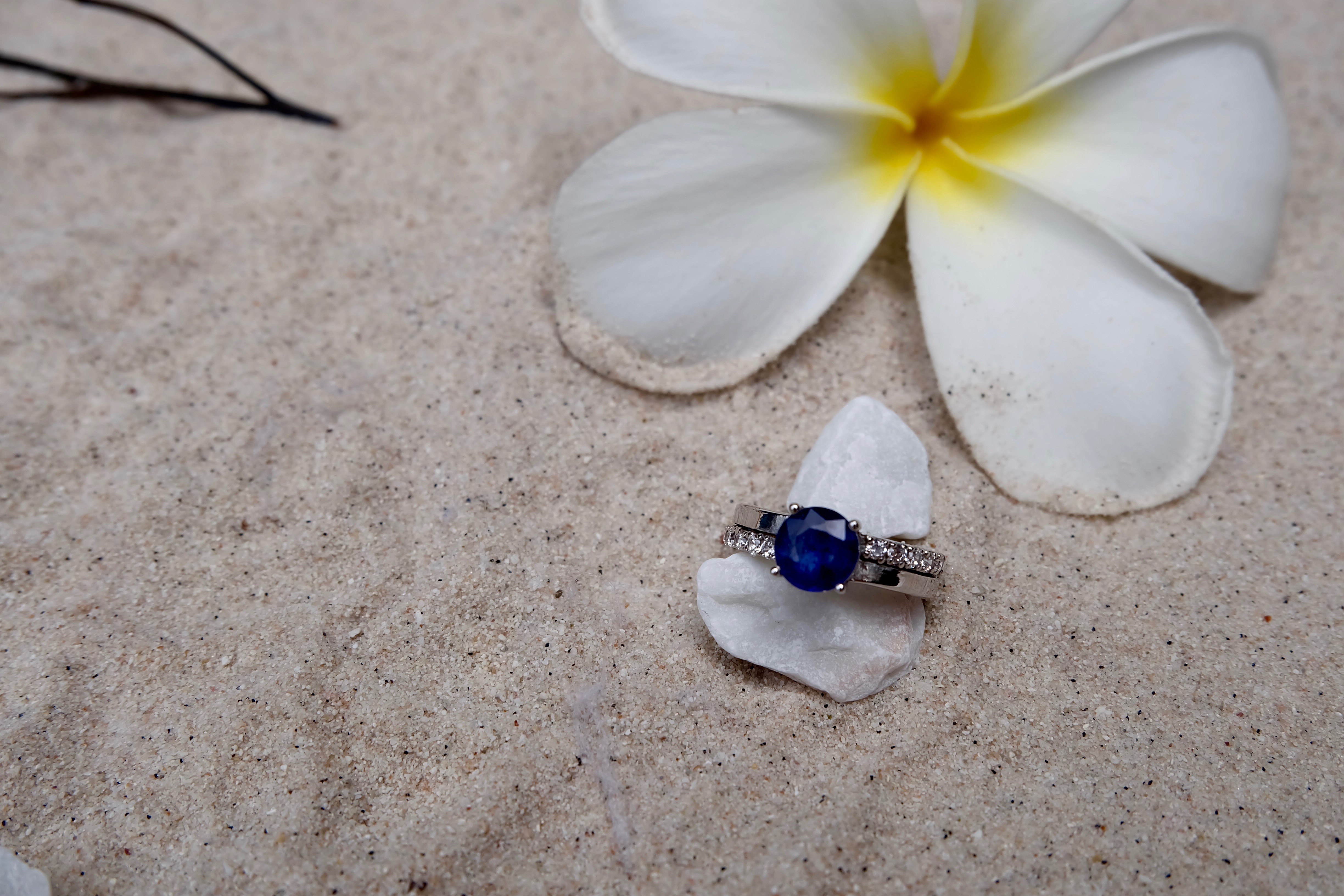Blue Sapphire with Cubic Zirconia