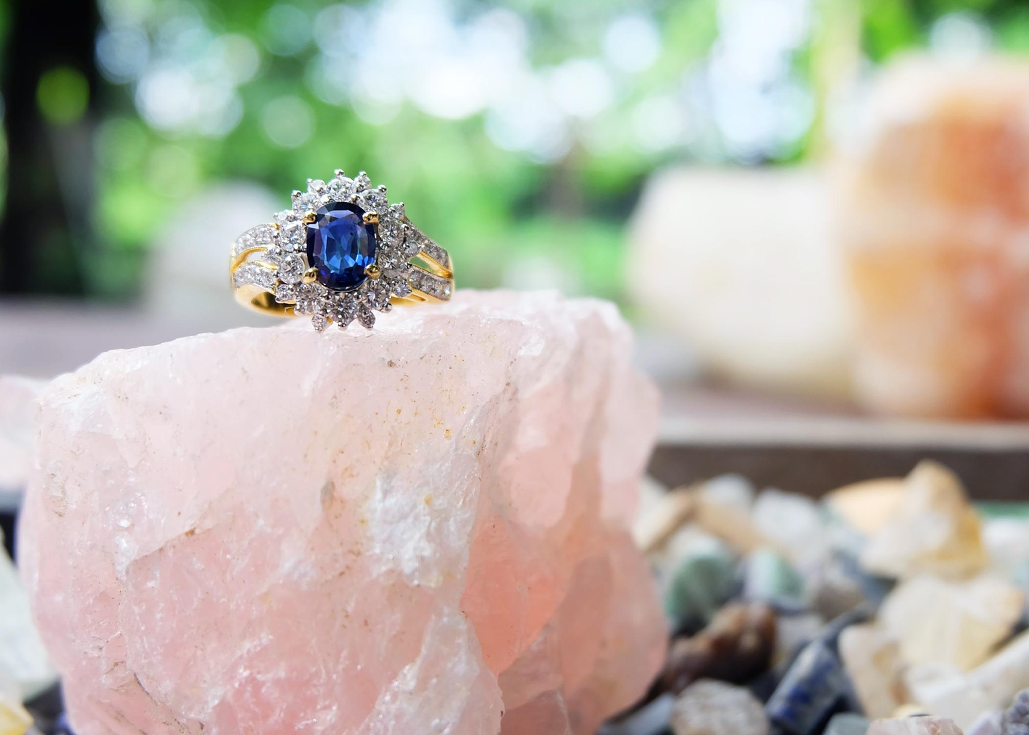 Brightening blue sapphire