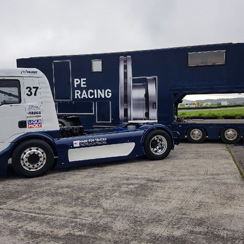 T Sport Racing_Pembrey_video (2)