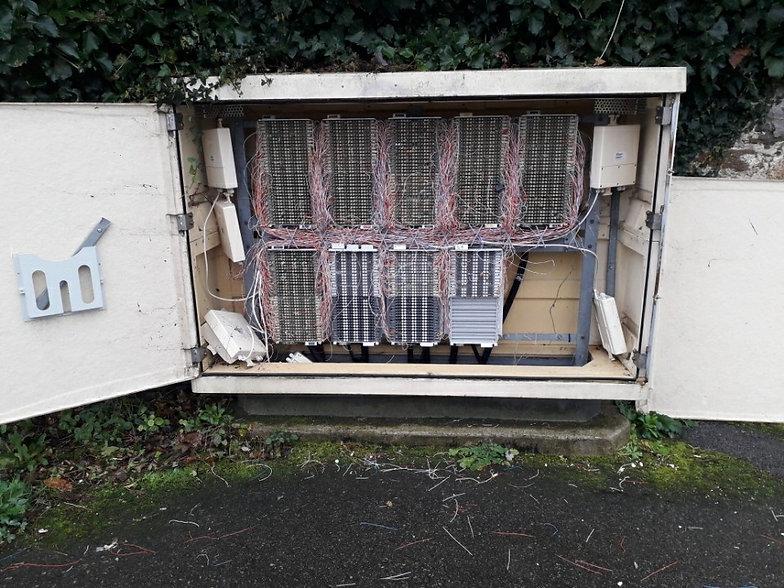 Cables téléphoniques.jpg