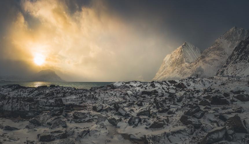 Magical light between the snow storms