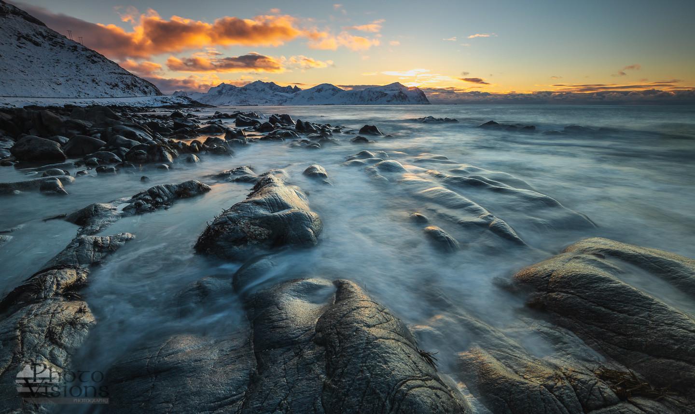 Sunset by the Vikten shores