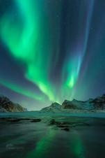 Aurora show over Flakstad