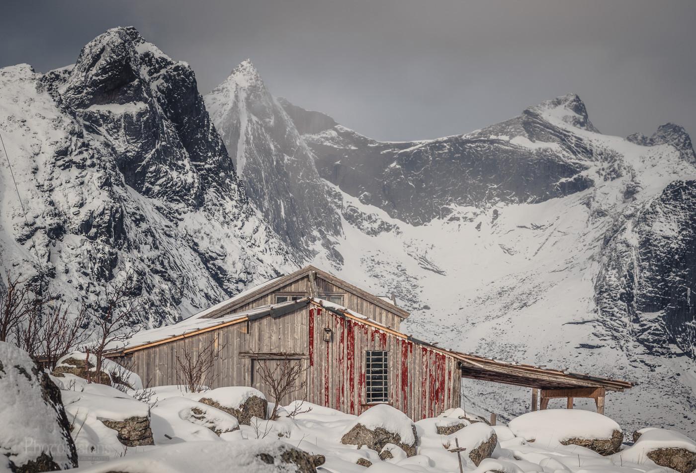 Original architecture of Lofoten