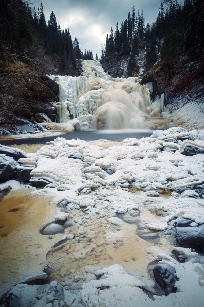 Mettifossen waterfall