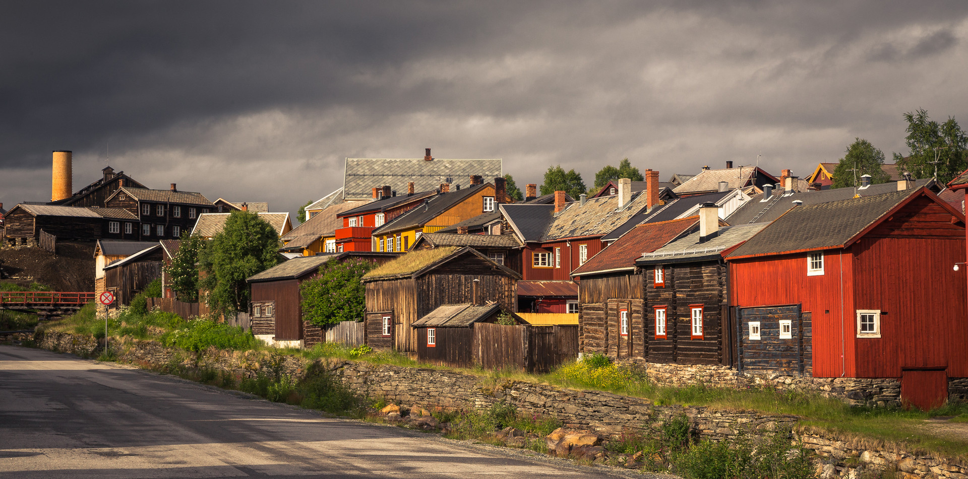 Many of old houses in Røros are still in use.