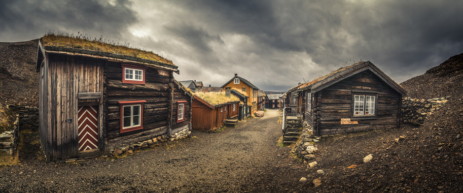 Streets of old town in Røros