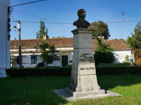 Olhares   Busto de João José Soares Mendes