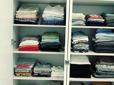 סידור ארונות בגדים מחיר
