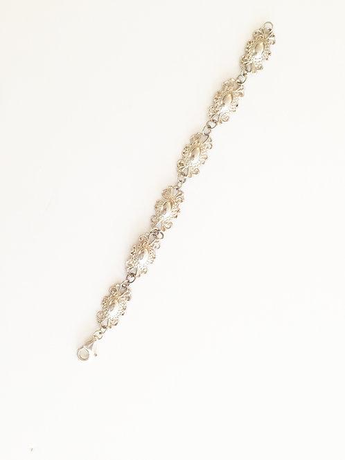 J26 – Hand made bracelet