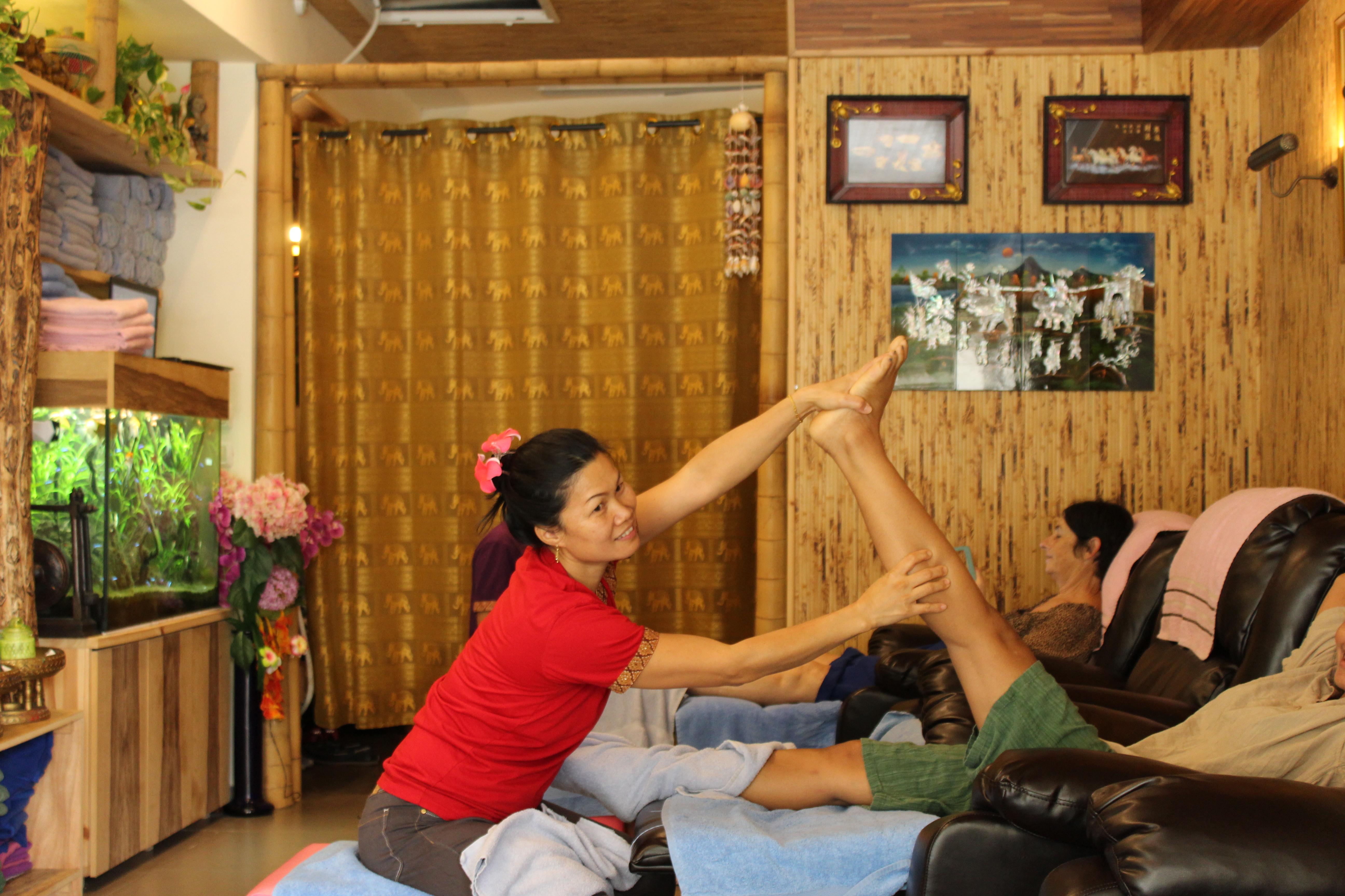siam head & foot massage in tlv