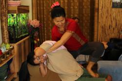 siam thai head &shoulder massage