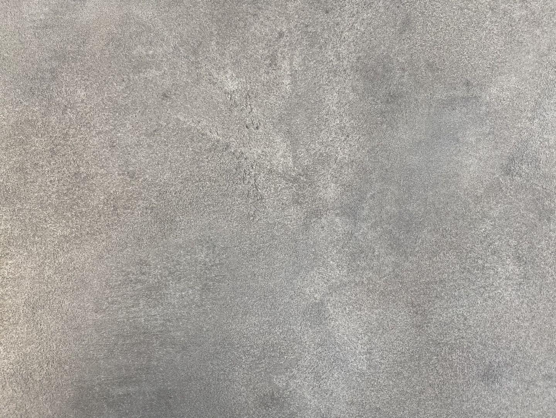 553 Phantasie Gray
