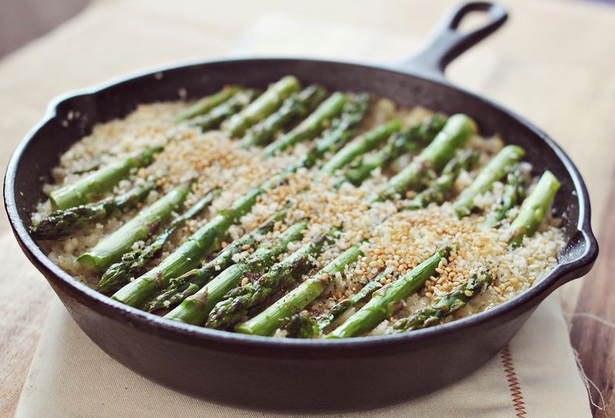 In The Marley Kitchen: Baked Risotto with Asparagus and Mushrooms