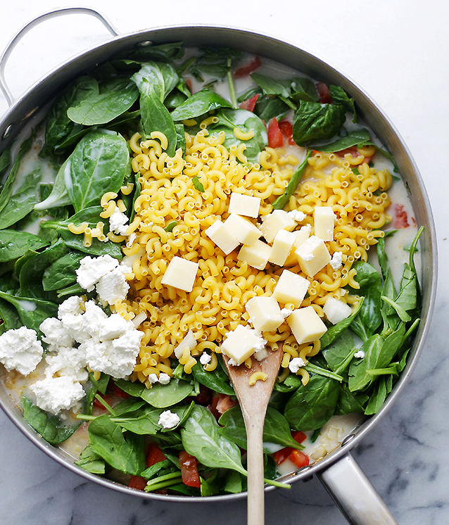 In The Marley Kitchen: One Pot Spinach & Feta Macaroni and Cheese