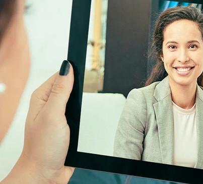 Psicoterapia-via internet-tablet