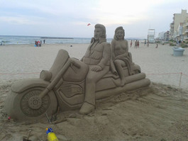 Sculpture-sable-sand-sculpture-lozza-biker-harley davidson