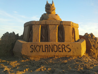 Sculpture-sable-sand-sculpture-lozza-skylanders