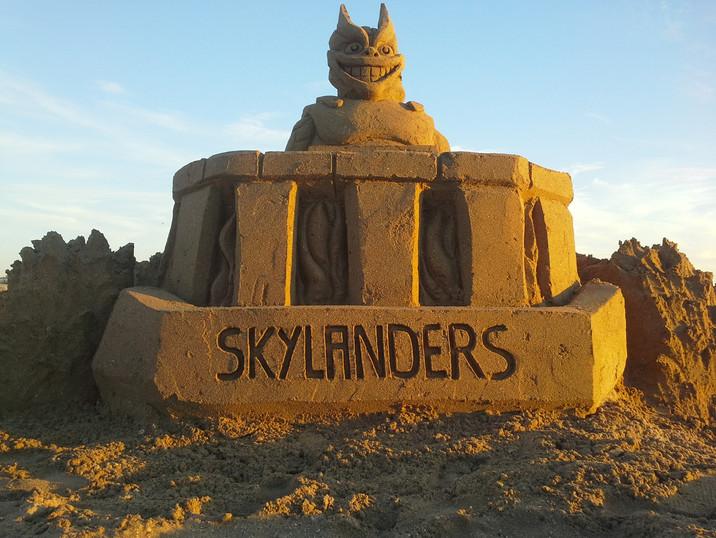 Sculpture-sable-sand-sculpture-lozza-skylanders