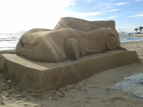Sculpture-sable-sand-sculpture-lozza-cars