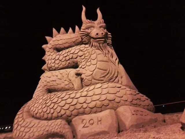 Sculpture-sable-sand-sculpture-lozza-dragon