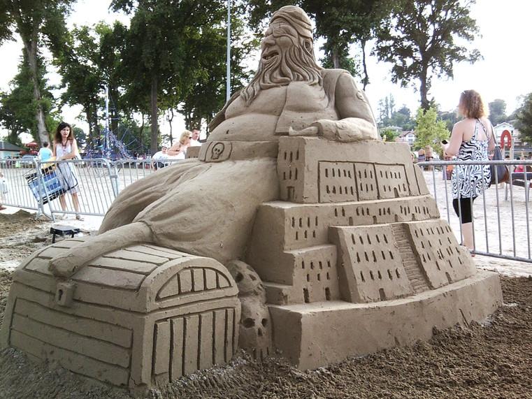 Sculpture-sable-sand-sculpture-lozza-pirate-corsaire