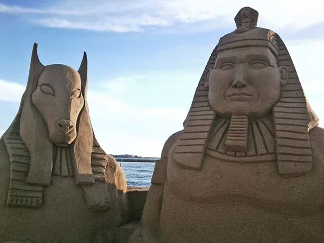 Sculpture-sable-sand-sculpture-lozza-pharaon