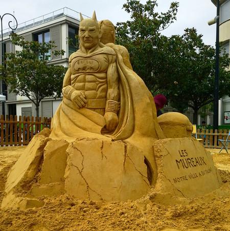 Sculpture-sable-sand-sculpture-lozza-batman