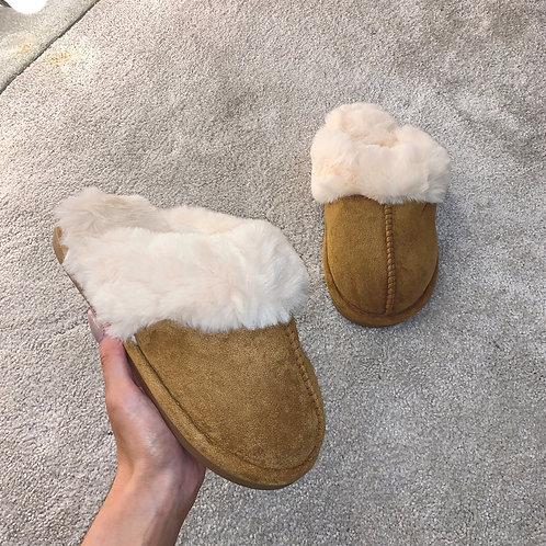 LIA Tan Super Soft Slippers