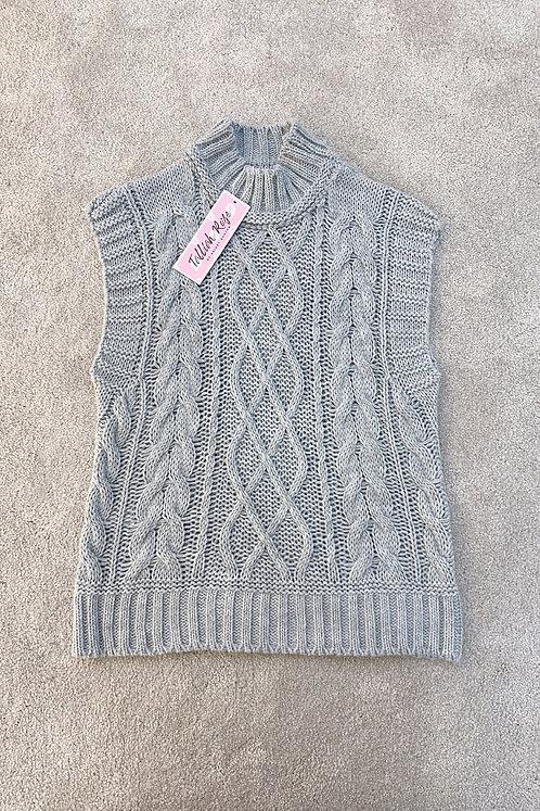 LOUISA Grey Chunky Knit Sleevless Jumper