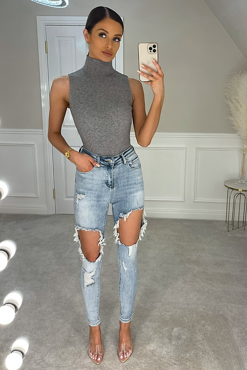 NOA Extreme Distressed Skinny Jeans